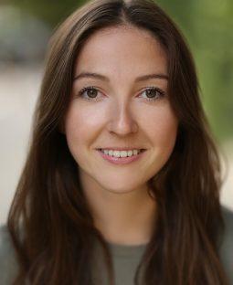 Lucy Renton's Actor Headshot