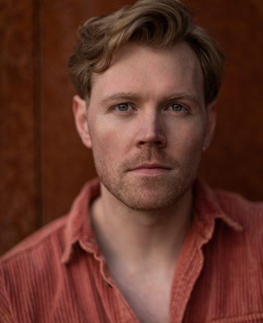 Matt Parsons's Actor Headshot
