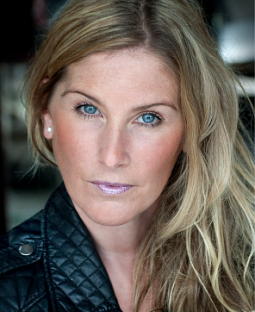Kate Baines's Actor Headshot