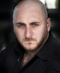 Lee Bainbridge's Actor Headshot