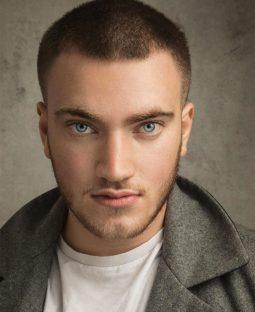 Daniel Briggs Actor