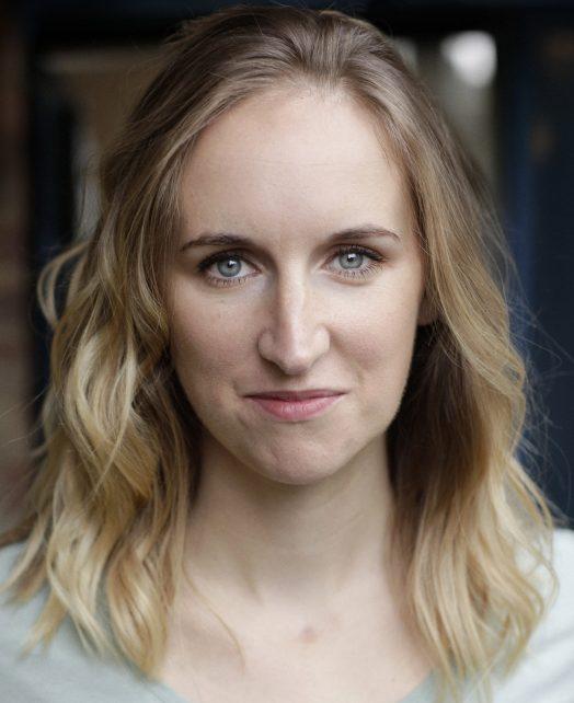Louise Lee's Actor Headshot