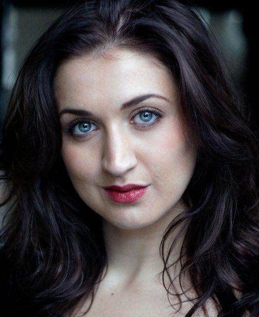 Holly Aston's Actor Headshot