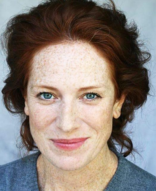 Charlotte Comer's Actor Headshot